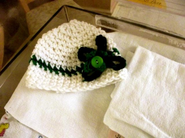 hat in crib
