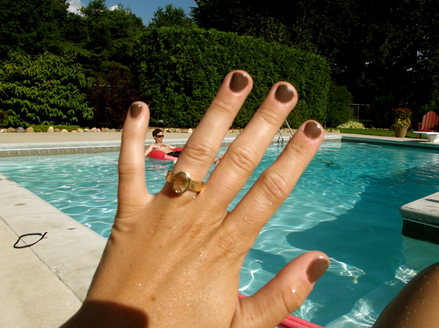 ring and pool