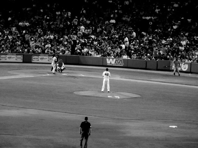 baseball bw